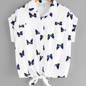 NEW⭐️knotted hem bow print shirt